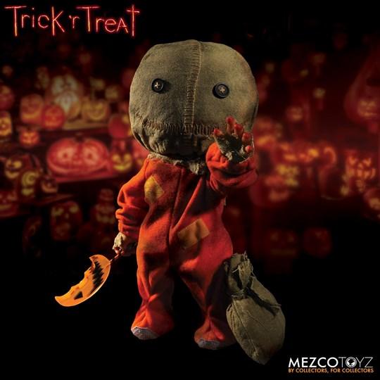 Boneco Sam Trick 'r Treat Figure - Mega Scale 38 Cm -  Mezco